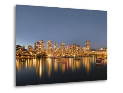 Vancouver skyline-Benjamin Rondel-Metal Print
