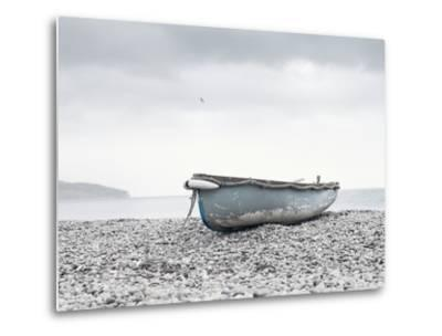 Boat at Beach in Devon-Simon Plant-Metal Print