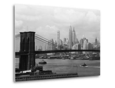 Manhattan Skyline And Brooklyn Bridge-Bettmann-Metal Print