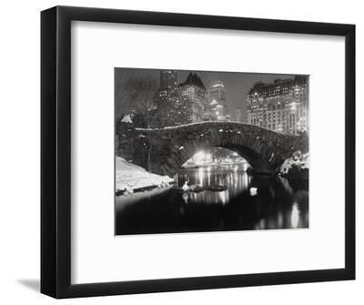 New York Pond in Winter-Bettmann-Framed Premium Photographic Print