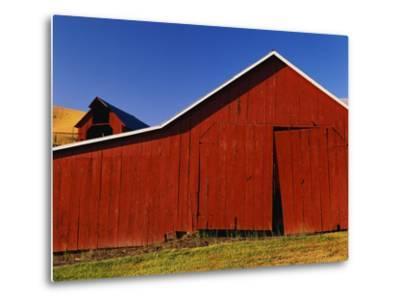 Red Barns-Stuart Westmorland-Metal Print