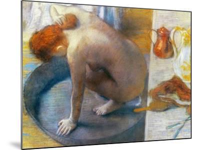 Edgar Degas: The Tub, 1886-Edgar Degas-Mounted Giclee Print