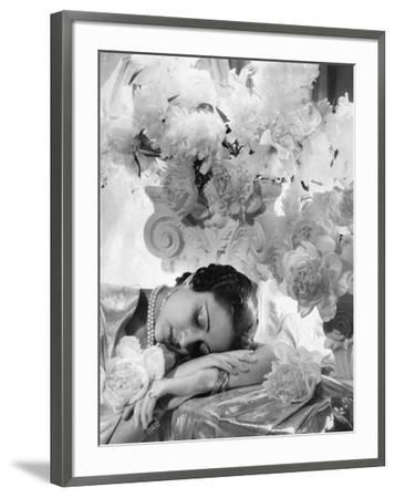 Vogue - July 1935 - Princess Karam of Kapurthala-Cecil Beaton-Framed Premium Photographic Print