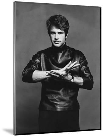 Vogue - November 1967-Jack Robinson-Mounted Premium Photographic Print