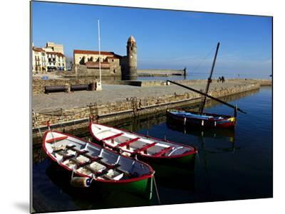 Collioure, Languedoc Roussillon, Cote Vermeille, France, Mediterranean, Europe-Mark Mawson-Mounted Photographic Print