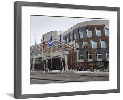 Scottish Parliament Building, Edinburgh, Scotland, Uk-Amanda Hall-Framed Photographic Print
