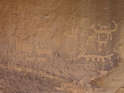 Petroglyphs Near Una Vida, Chaco Culture National Historic Park, New Mexico, USA-James Hager-Framed Photographic Print