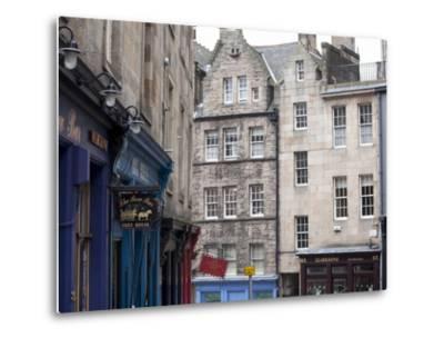 Victoria Street, the Old Town, Edinburgh, Scotland, Uk-Amanda Hall-Metal Print
