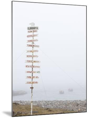 Destination Board, Spitzbergen, Bareninsel, Svalbard, Norway, Arctic, Scandinavia, Europe--Mounted Photographic Print