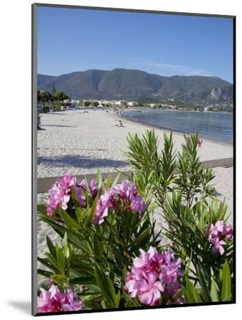 Beach Scene, Alykanas, Zakynthos, Ionian Islands, Greek Islands, Greece, Europe-Frank Fell-Mounted Photographic Print