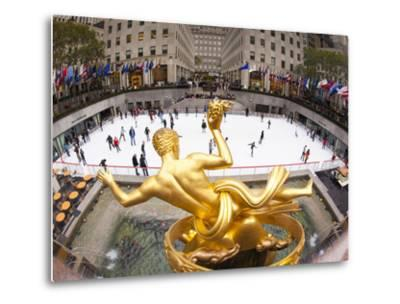 Ice Skating Rink Below the Rockefeller Centre Building on Fifth Avenue, New York City, New York, Un-Gavin Hellier-Metal Print