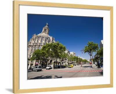 Passeig De Gracia, Barcelona, Catalonia, Spain, Europe-Sergio Pitamitz-Framed Photographic Print