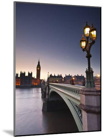 Looking across the River Thames Towards the Houses of Parliament and Westminster Bridge, London, En-Julian Elliott-Mounted Premium Photographic Print