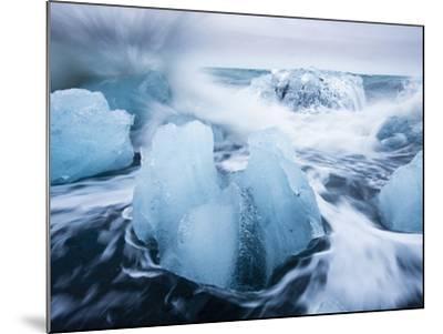 Icebergs from Vatnajokull Glacier, North Atlantic, Jokulsarlon, Skaftafell National Park, Iceland-Paul Souders-Mounted Photographic Print