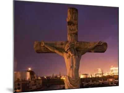 Statue, Jesus Christ in Holy Rosary Cemetery Near Petrochemical Plant, Baton Rouge, Louisiana, Usa-Paul Souders-Mounted Photographic Print