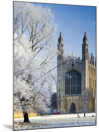 UK, England, Cambridgeshire, Cambridge, the Backs, King's College Chapel in Winter-Alan Copson-Mounted Photographic Print
