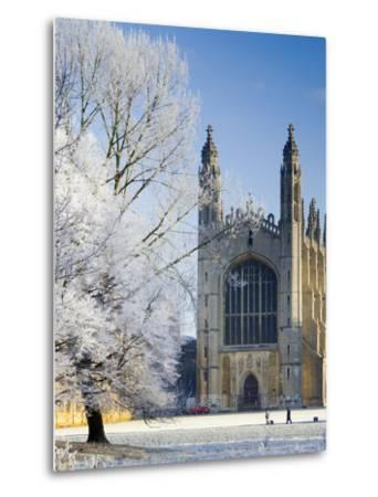 UK, England, Cambridgeshire, Cambridge, the Backs, King's College Chapel in Winter-Alan Copson-Metal Print