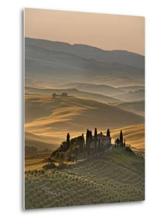 Italy, Tuscany, Siena District, Orcia Valley, Podere Belvedere Near San Quirico D'Orcia-Francesco Iacobelli-Metal Print