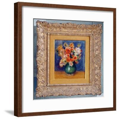 Bouquet, c.1900-Pierre-Auguste Renoir-Framed Giclee Print