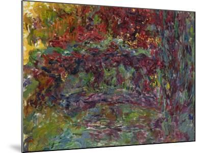 The Japanese Bridge at Giverny, 1918-24-Claude Monet-Mounted Giclee Print