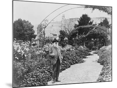 Claude Monet (1841-1926) in His Garden at Giverny, C.1925 (B/W Photo)-French Photographer-Mounted Giclee Print