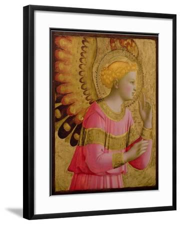 Annunciatory Angel, 1450-55 (Gold Leaf and Tempera on Wood Panel) (See also 139312)-Fra Angelico-Framed Giclee Print