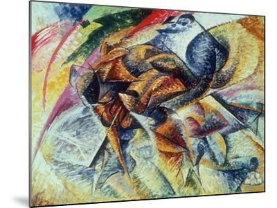 Dynamism of a Cyclist (Dinamismo Di Un Ciclista) 1913-Umberto Boccioni-Mounted Giclee Print