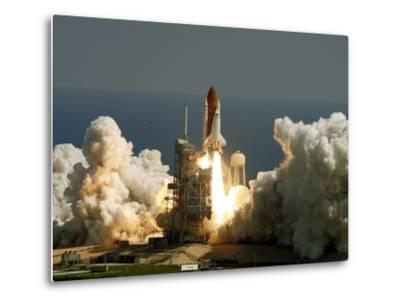 Space Shuttle-John Raoux-Metal Print