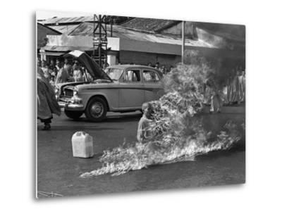 Vietnam Monk Protest-Malcolm Browne-Metal Print
