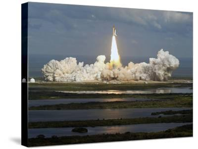 Space Shuttle-Chris O'Meara-Stretched Canvas Print