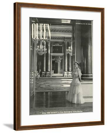 Queen, Queen Elizabeth The Queen Mother, 1939, UK--Framed Giclee Print