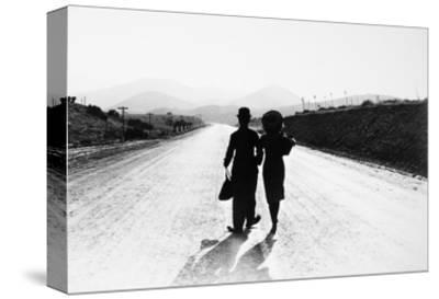 Chaplin: Modern Times, 1936--Stretched Canvas Print