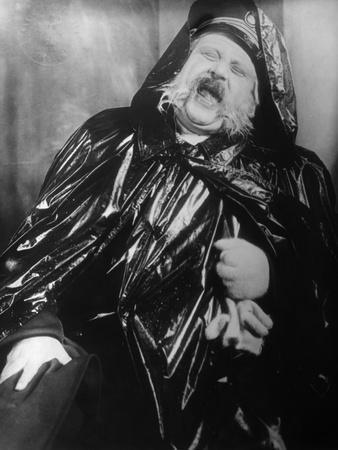 Emil Jannings (1884-1950)-Fredrich Wilhelm Murnau-Stretched Canvas Print