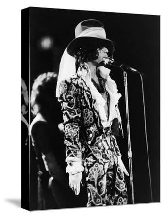 Prince Sings in Concert, 1984-Vandell Cobb-Stretched Canvas Print
