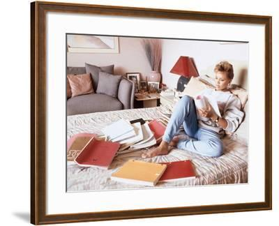 Vanessa Williams, Relaxes While Reading over Movie Scripts, 1987-Vandell Cobb-Framed Photographic Print