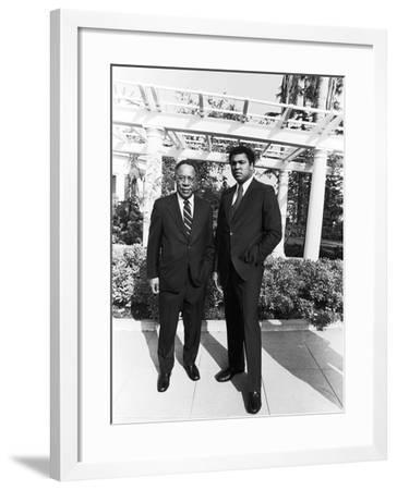 Muhammad Ali and Alex Haley - 1979-Isaac Sutton-Framed Photographic Print