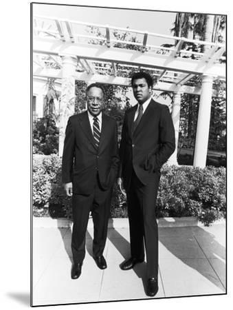 Muhammad Ali and Alex Haley - 1979-Isaac Sutton-Mounted Photographic Print