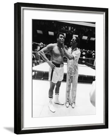 Muhammad Ali and Stevie Wonder - 1975-Isaac Sutton-Framed Photographic Print