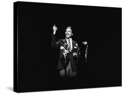 Billy Dee Wiliams - 1976-Norman Hunter-Stretched Canvas Print