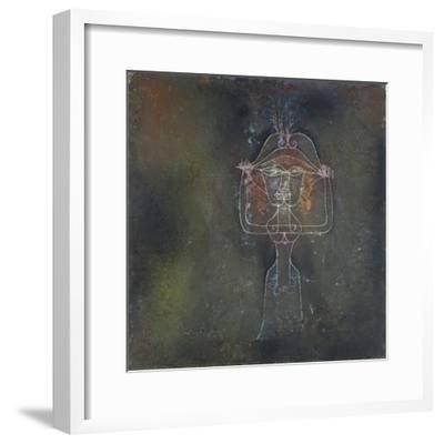 Die Saengerin Der Komischen Oper, 1927-Paul Klee-Framed Giclee Print