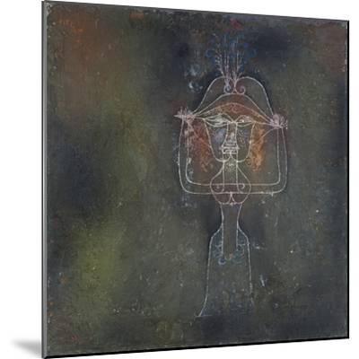 Die Saengerin Der Komischen Oper, 1927-Paul Klee-Mounted Giclee Print