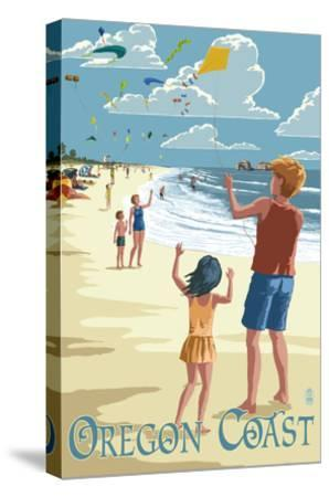 Oregon Coast - Kite Flyers-Lantern Press-Stretched Canvas Print