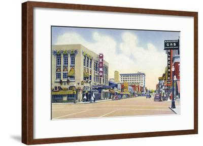 Albuquerque, New Mexico - Eastern View Up Central Avenue-Lantern Press-Framed Art Print