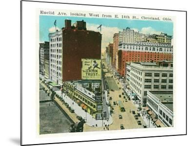 Cleveland, Ohio - Euclid Avenue West from 14th Street East-Lantern Press-Mounted Art Print