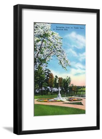 Knoxville, Tennessee - Springtime Scene on Talahi Drive in the Sequoyah Hills-Lantern Press-Framed Art Print