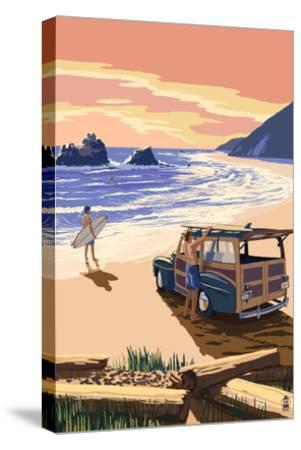 Woody on Beach-Lantern Press-Stretched Canvas Print