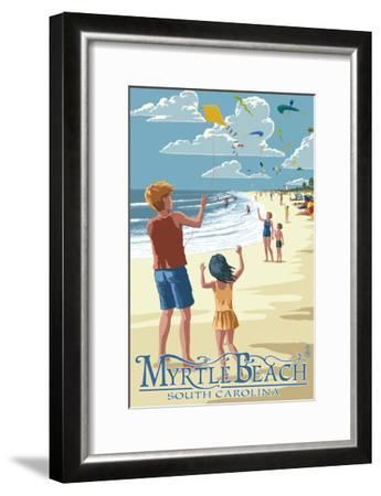 Kite Flyers - Myrtle Beach, South Carolina-Lantern Press-Framed Art Print