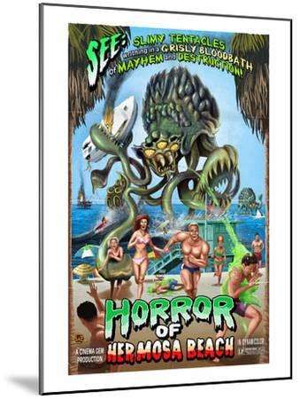 Hermosa Beach, California - Alien Attack Horror-Lantern Press-Mounted Art Print