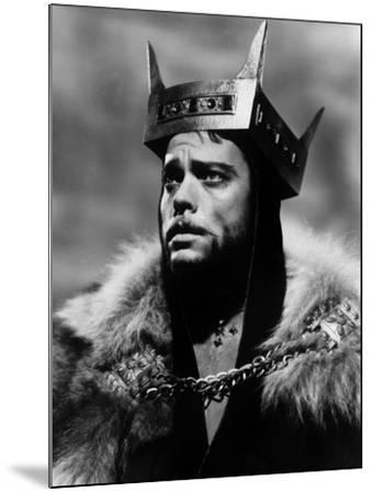 Macbeth, Orson Welles, 1948--Mounted Photo
