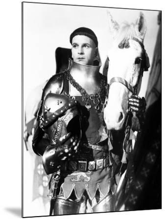 Henry V, Laurence Olivier, 1944, with Horse--Mounted Photo